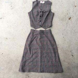 2 piece vest/skirt small checkered 90s set